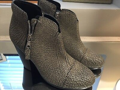 Rag & Bone NEW Margot Black Cracked Leather Ankle Bootie Textured Size 36 US:6