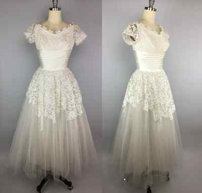 Vintage 1950s Cahill of Beverly Hills tea length tulle & lace wedding dress gown