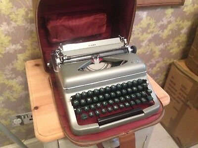 "Vintage ""royal Diana"" Typewriter"