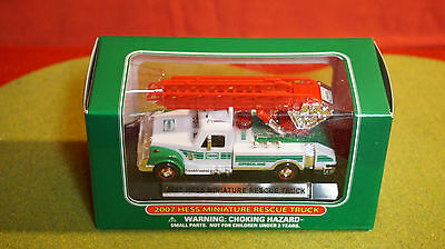 2007 Miniature Hess Rescue Truck