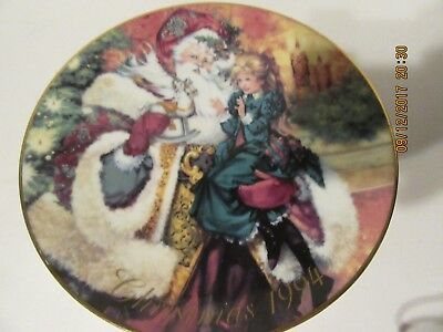 1994 Avon The Wonder of Christmas Porcelain Collector's Plate