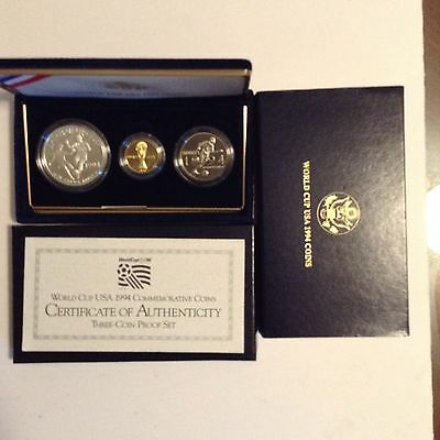 World Cup Usa 1994 Proof Commemorative 3 Coin Set  Gold , Silver And Clad
