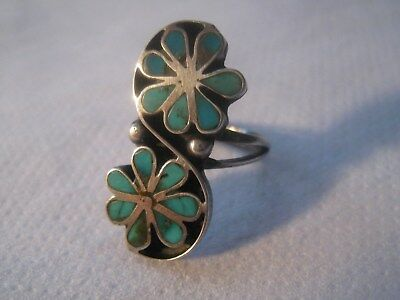 Vintage ZUNI Dishta Sterling Silver Turquoise Inlay Flower Ring SZ 4 ½