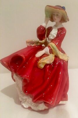 Royal Doulton Figurine TOP OF THE HILL - 1937
