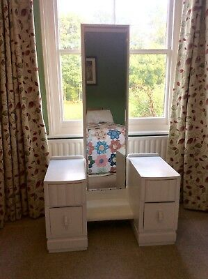 1940S Vintage Dressing Table