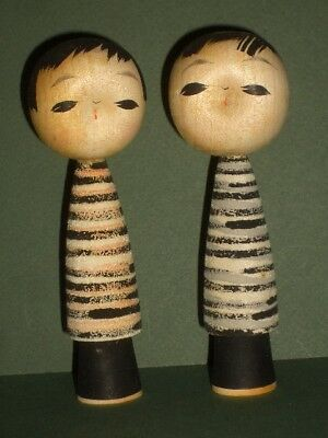 Vintage Japanese Pair Wood Kokeshi Dolls Dimple Face Hand Painted Strips Japan