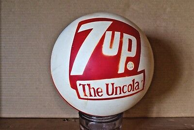 7 Up the uncola advertising Rubber Un Ball