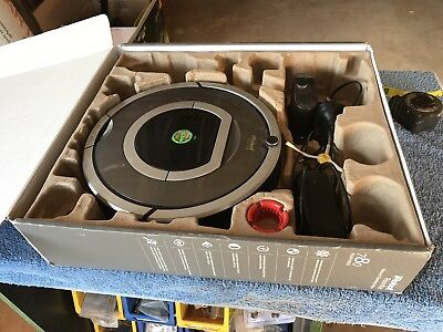 Used IROBOT ROOMBA 780 ROBOTIC VACUUM CLEANER 240v Home Base Power Supply Box