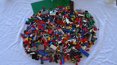 BULK LEGO 3.2 KG Mixed Bricks  Some Base Plates VGC # 3