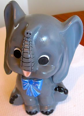 Collectable Retro Grey Elephant Figural Ornament  (329)