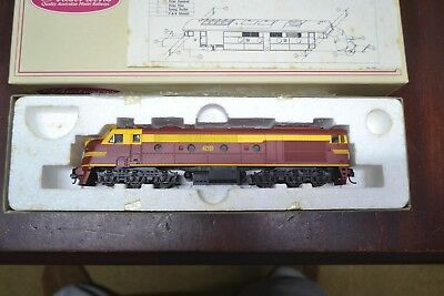 (61)*austrains 421 Class 42101  Diesel Locomotive Tuscan  ****mint Unused