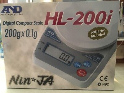 A&D WEIGHING HL-200I Compact Digital Scale,SS Pltfrm,200g Cap