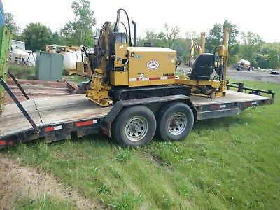 2000 Vermeer D7x11a Directional Drill with Rubber Tracks