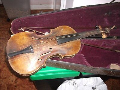 Antique vintage collectors violin and case. Stradivarius? No Reserve