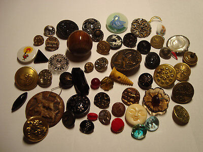 Antique Vintage LOT of 46 BAKELITE, GLASS, INSECT, DOG, BIRD< SHELL etc buttons