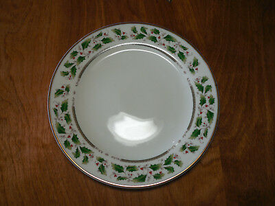 Home for the Holidays HOLLY HOLIDAY Set of 8 Salad Plates 7 5/8""
