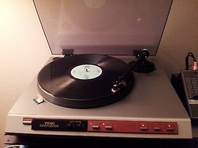 vintage direct drive turntable TEAC P-7 pitch adjust electronic full automatic