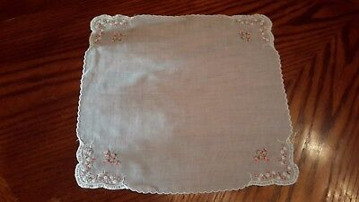 Vintage White Ladies Hanky Tiny Embroidered Pink Rose Buds/White Daisies