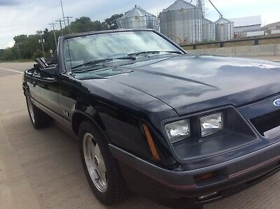 1986 Ford Mustang GT 1986 FORD Mustang GT Convertible
