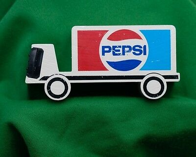 Vtg Pepsi Choice Of A New Generation Desk Top Clock Delivery Truck Paperweight