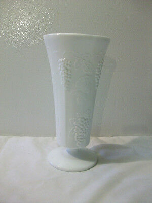 "Vintage Indiana Glass Colony Harvest Grapes Milk White Large 10"" Flower Vase"