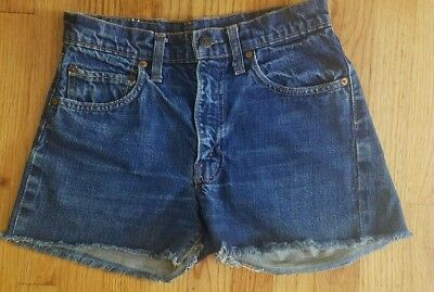 c901ebd3 Vintage Levi's 505 Cut Off Raw Edge Dark Denim Shorts Sz 29 Hi Waist Mom  Jeans