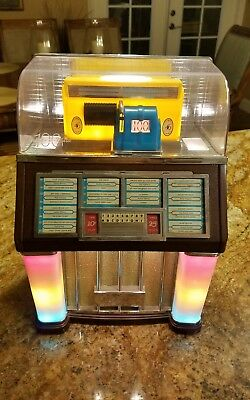 Vintage Thomas Collectors Edition Mini Jukebox  #1960 Radio & Cassette Player