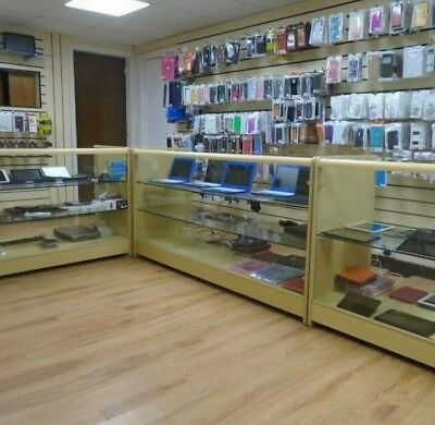 Retail Shop to let Duckworth St Darwen main Rd position no goodwill