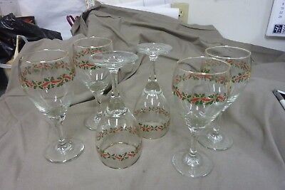 6 Vintage Long John Silvers Holiday Christmas Holly & Berries Stemmed Glass