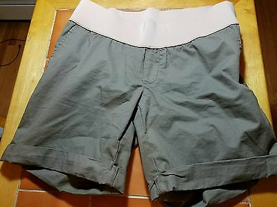 Old Navy Women's Maternity Khaki/Beige Color Shorts Size 10