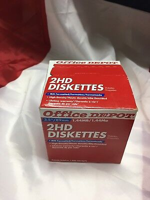"Box 25 Office Depot DISKETTES 3.5"" 2HD IBM Formatted Floppy 1.44 MB Hi Density"