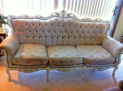 FRENCH PROVINCIAL TUFTED BROCADE WHITE WOOD SOFA COUCH used S.W. CHGO SUB P/U