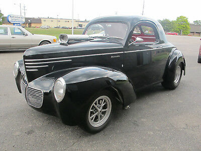 1940 Willys Coupe Custom 1940 Willys Coupe - 392 Chrysler Hemi - A/C - Outstanding for Show and Drive