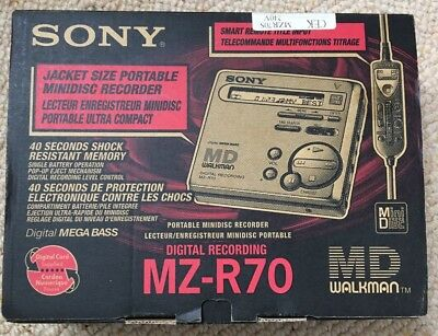 Sony MZ-R70 Walkman Personal MiniDisc Player Recorder BOXED
