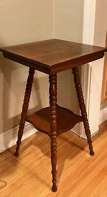 Antique Oak Bob Leg Parlor (Lamp) Table