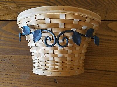 Longaberger At Home Garden Wall Vase Basket Set With Wrought Iron Hanger - 2005