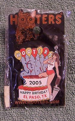 Hooters 2005 Happy Birthday El Paso, Tx Pin