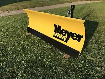 Compact Tractor Angle Snow Plow - 6' Wide Meyer - MINT - MINT -MINT!!!!!