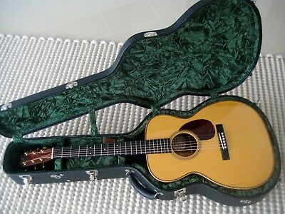 Bourgeois OM signiture ,acoustic guitar