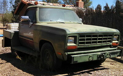 1990 Dodge Ram Military Wheeled Aircraft Tug 5.9 Cummins 727 Transmission