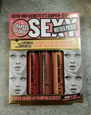 Sexy mother pucker lipgloss - soap and glory gift set