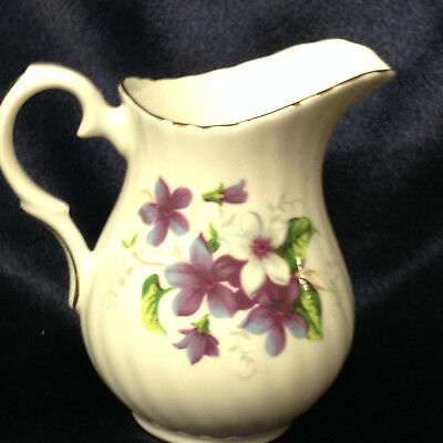 Crown Staffordshire Crs170 Purple & White Flowers Creamer 6 Oz Gold Trim