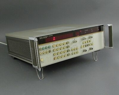 HP / Agilent 5335A Universal Counter - 200 MHz (Channel A) & 100 MHz (Channel B)
