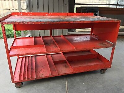 Heavy Duty Steel Work Bench 150(w) x 70(d) x 90(h) cm