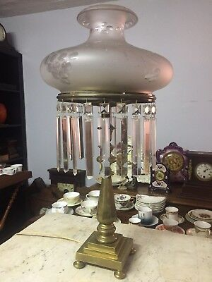 Beautiful Antique Period Astral or Sinumbra lamp 1900's