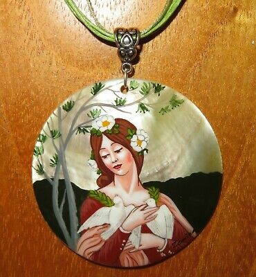 Pendant Elisabeth Sonrel Our Lady of the Cow Parsley Russian Hand painted SHELL Fashion Jewelry