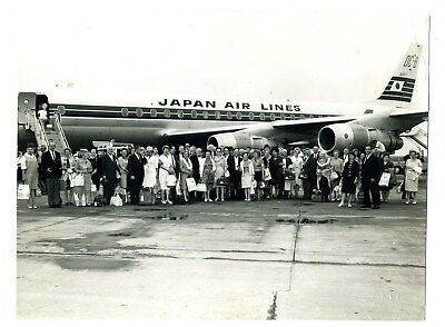 JAL Group Photo in Front of Japan Air Lines DC-8