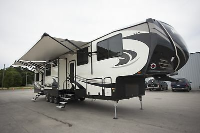 2018 Heartland Road Warrior RW429 Fifth Wheel Toy Hauler RV Camper