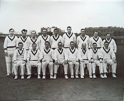"AUSTRALIA IN ENGLAND 1956 - ORIGINAL 10"" x 8"" CRICKET PRESS PHOTOGRAPH"