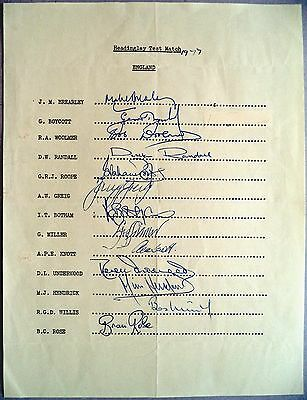 ENGLAND v AUSTRALIA 1977 HEADINGLEY – CRICKET OFFICIAL AUTOGRAPH SHEET
